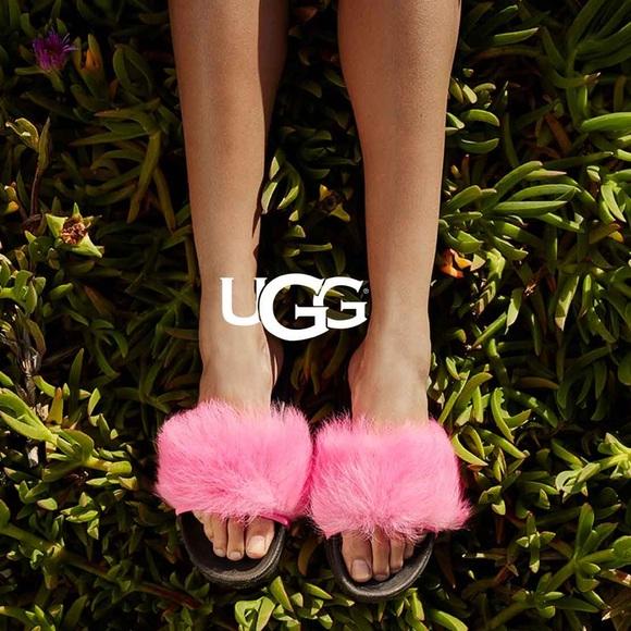 267522a9ed3 [ nib ] UGG Royale Fur Slides NWT